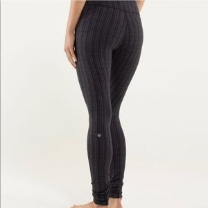 Lululemon Gray Ziggy Zig Zag Leggings